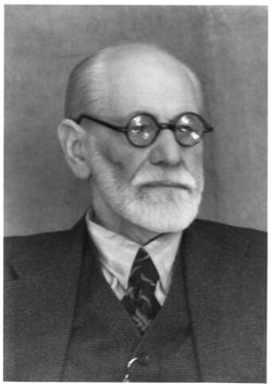 what two categories of dream content did sigmund freud describe